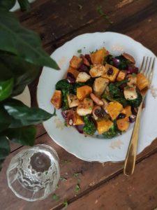 Recept: Piščančje kocke s pečenim sladkim krompirjem in brokolijem