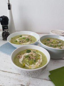 Recept: Preprosta zelena zelenjavna kremna juhica